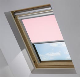 Solar Skylight in Pink Macaroon Blackout