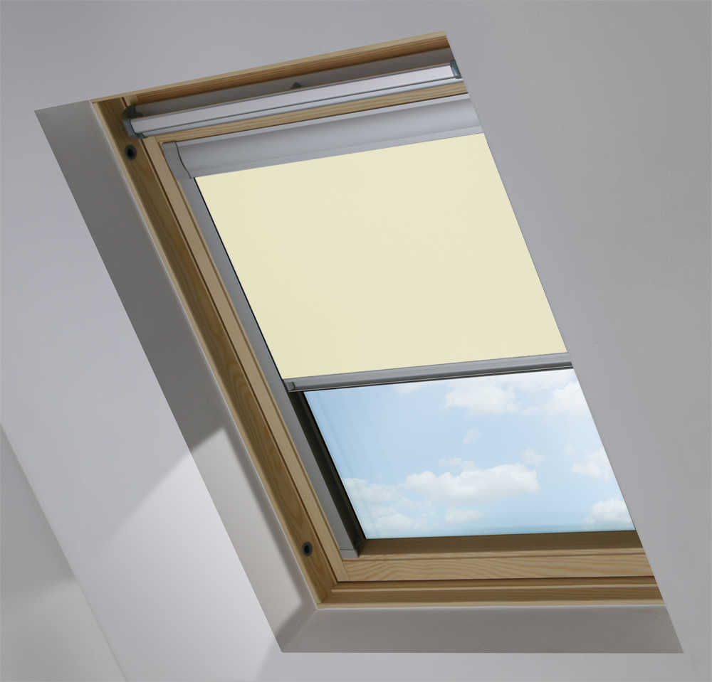 Made-To-Measure Premium Skylight Blind in Lime Wash Blackout