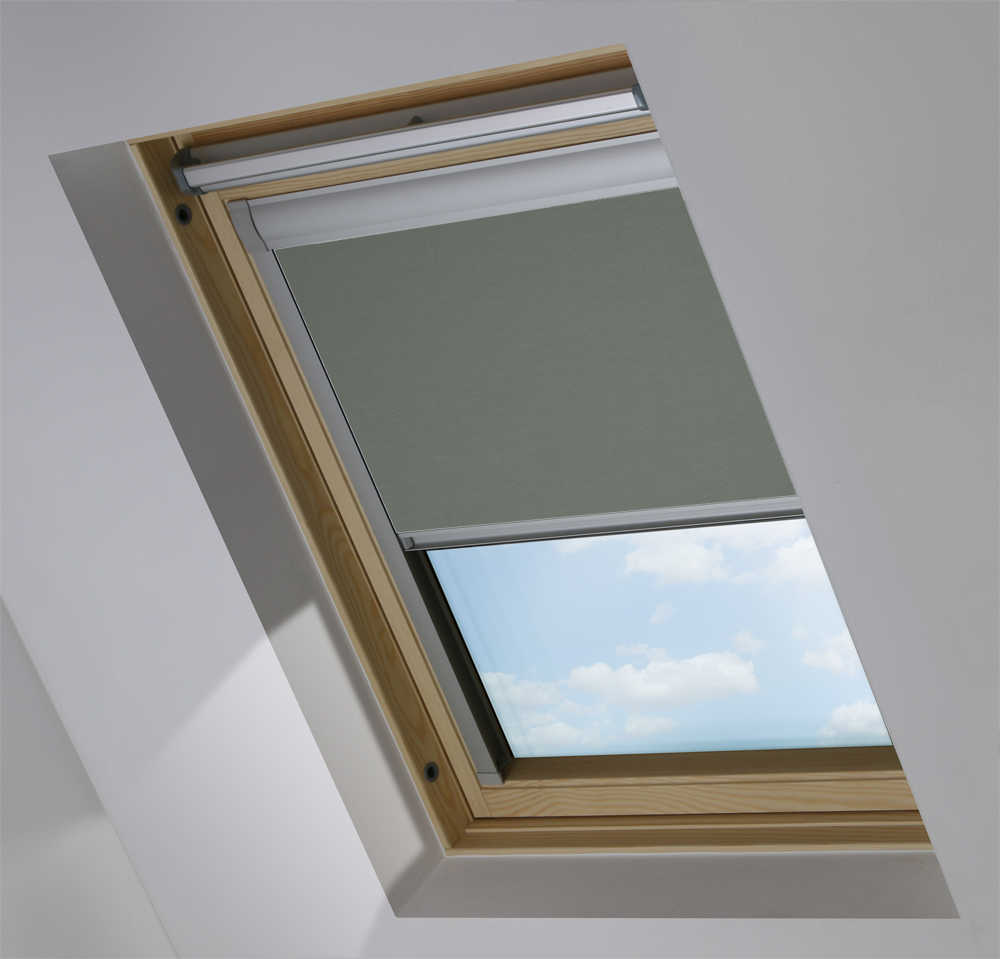 Made-To-Measure Premium Skylight Blind in Flint Blackout