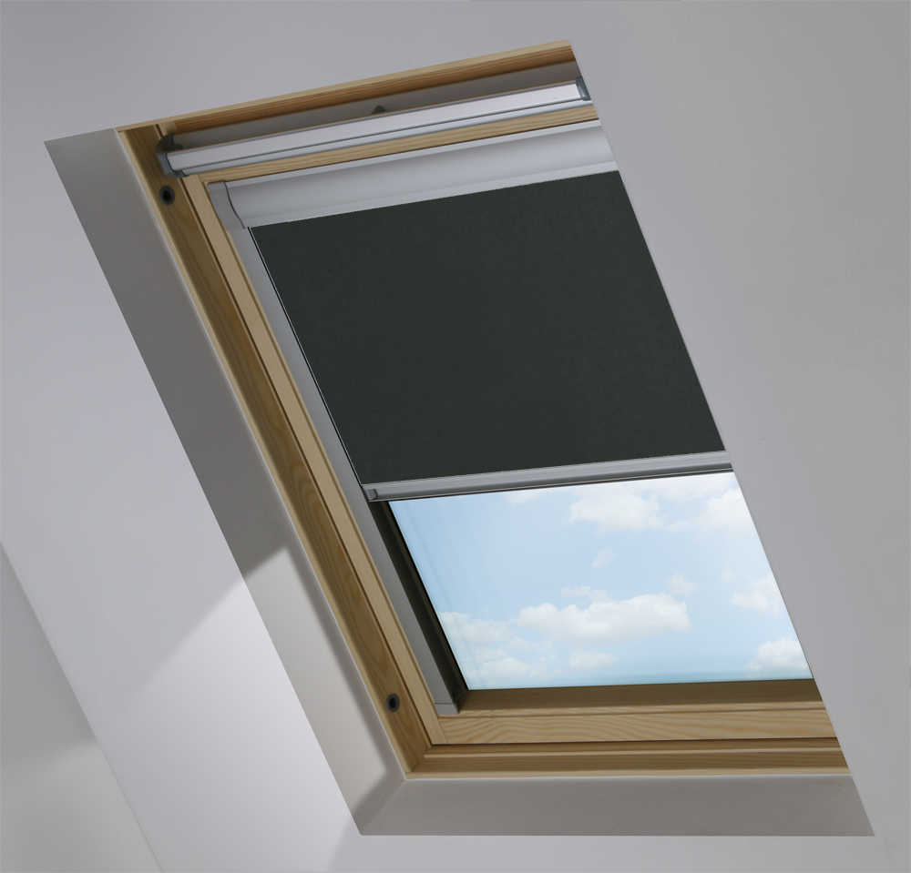 Made-To-Measure Premium Skylight Blind in Raven Blackout