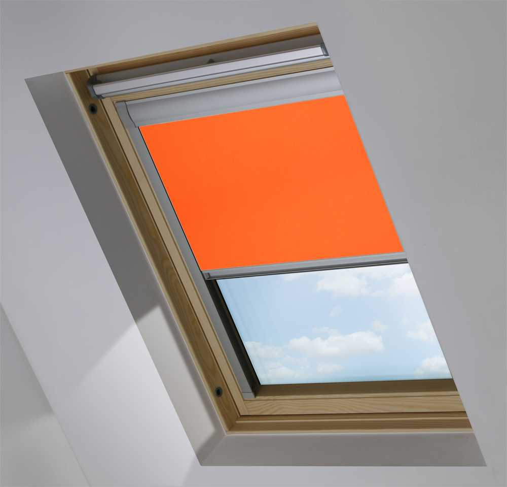 Made-To-Measure Premium Skylight Blind in Blaze Blackout