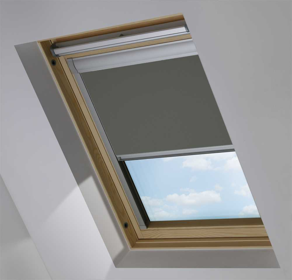Made-To-Measure Premium Skylight Blind in Pewter Blackout