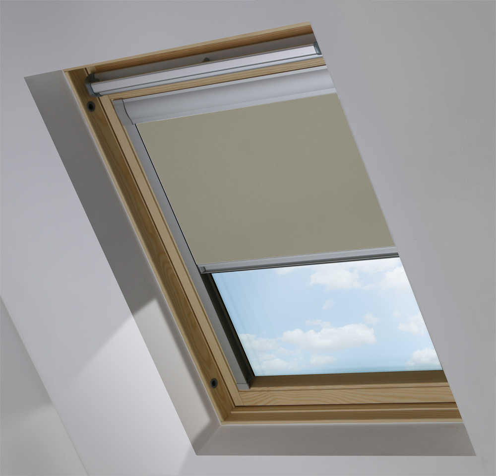 Made-To-Measure Premium Skylight Blind in Wheaten Blackout