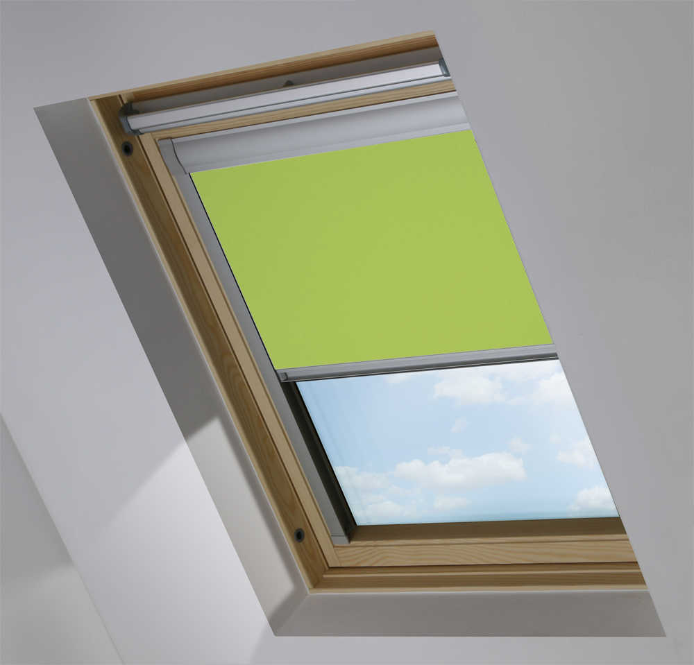 Made-To-Measure Premium Skylight Blind in Lichen Blackout