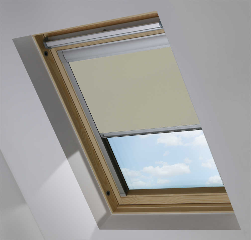 Made-To-Measure Premium Skylight Blind in Gentle Mist Blackout