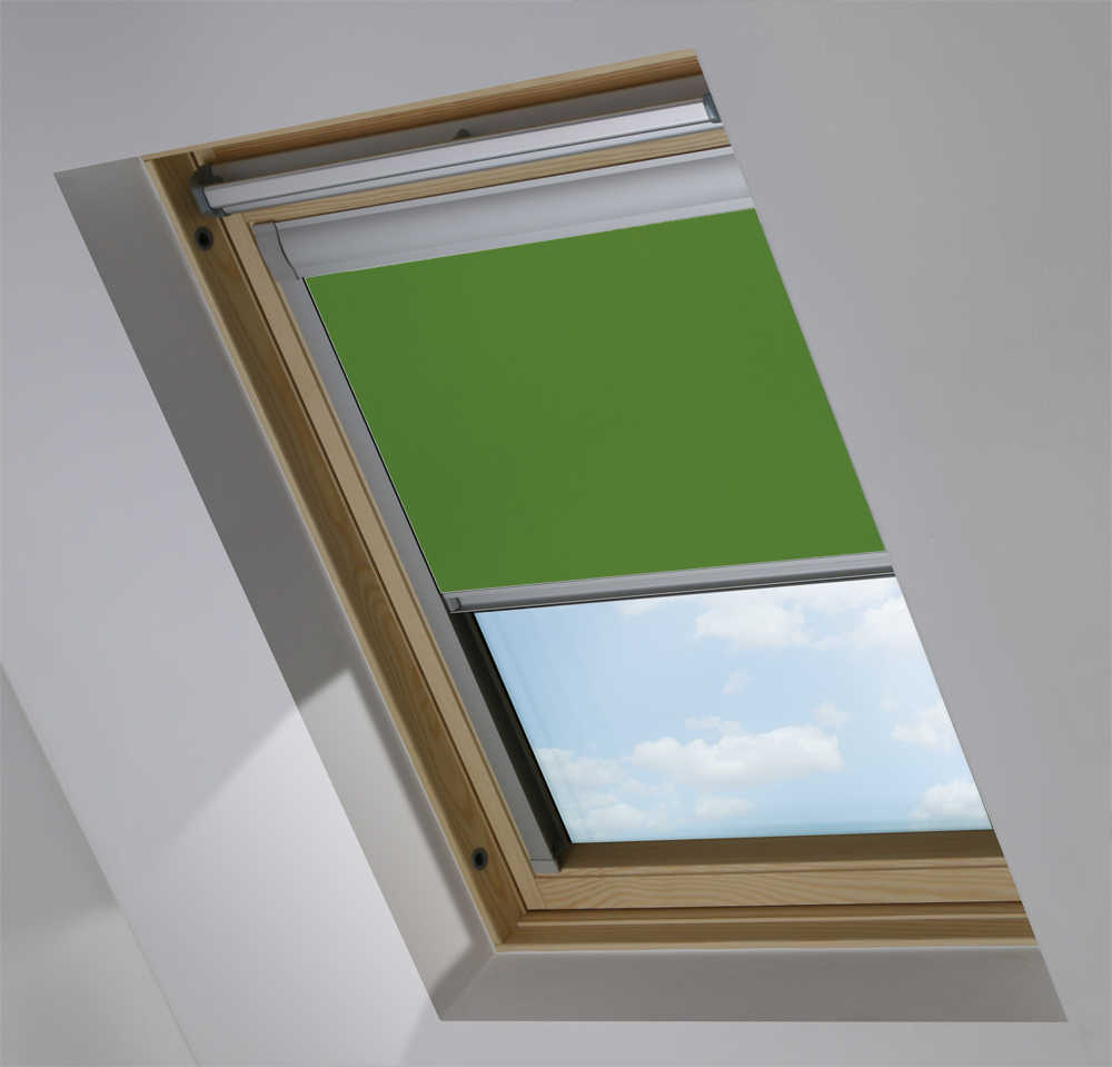 Made-To-Measure Premium Skylight Blind in Moss Blackout