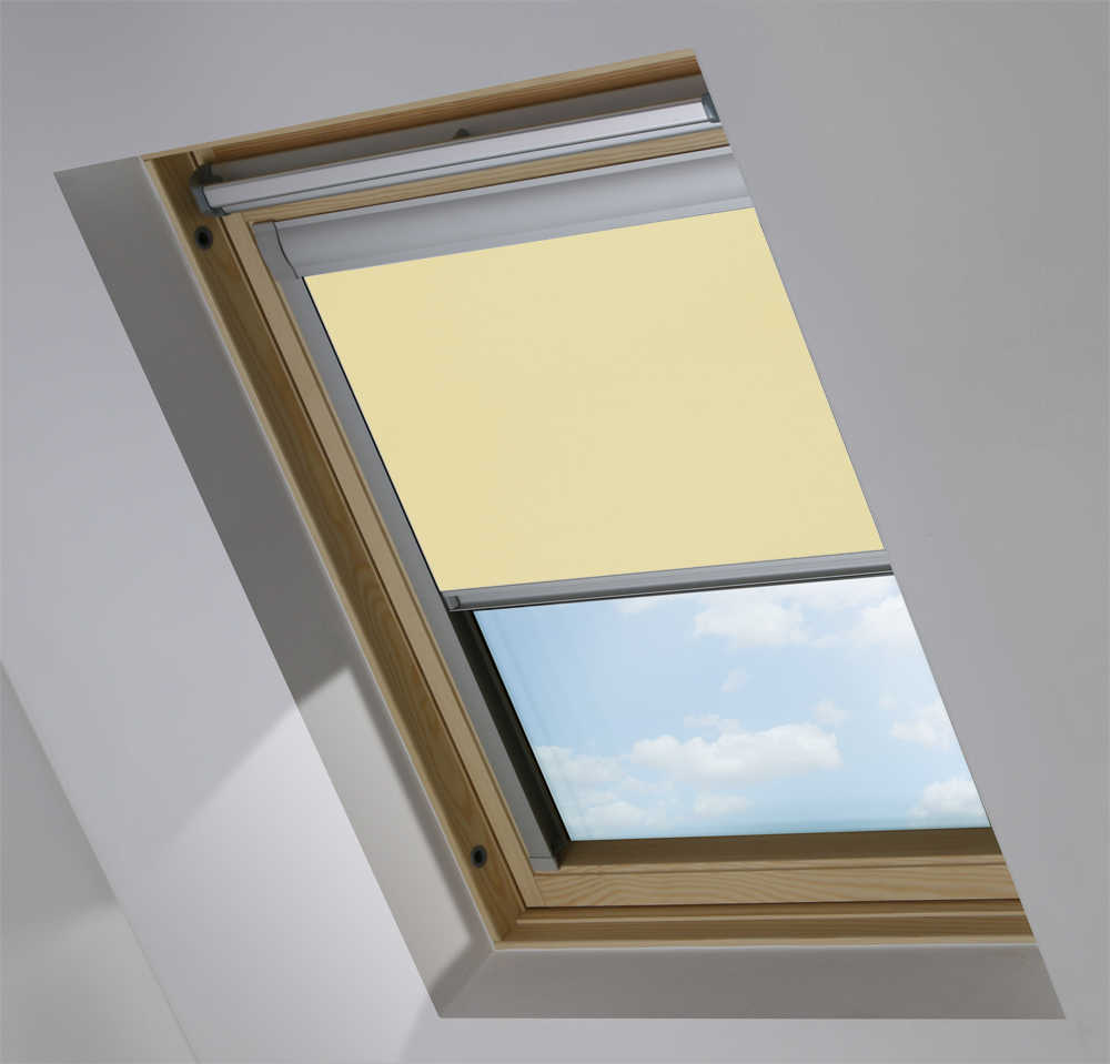 Made-To-Measure Premium Skylight Blind in Sandstone Blackout