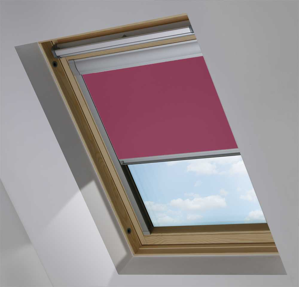 Made-To-Measure Premium Skylight Blind in Blackberry Blackout