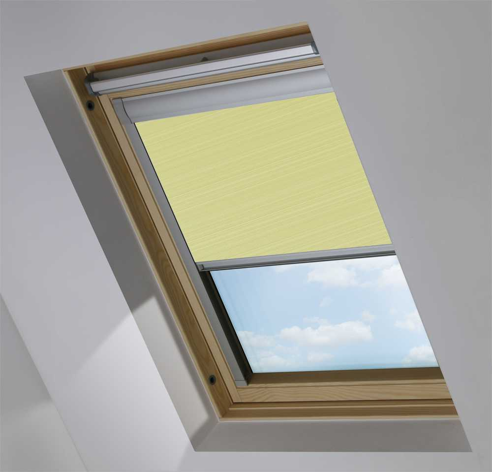 Made-To-Measure Premium Skylight Blind in Sheer Daffodil Transparent