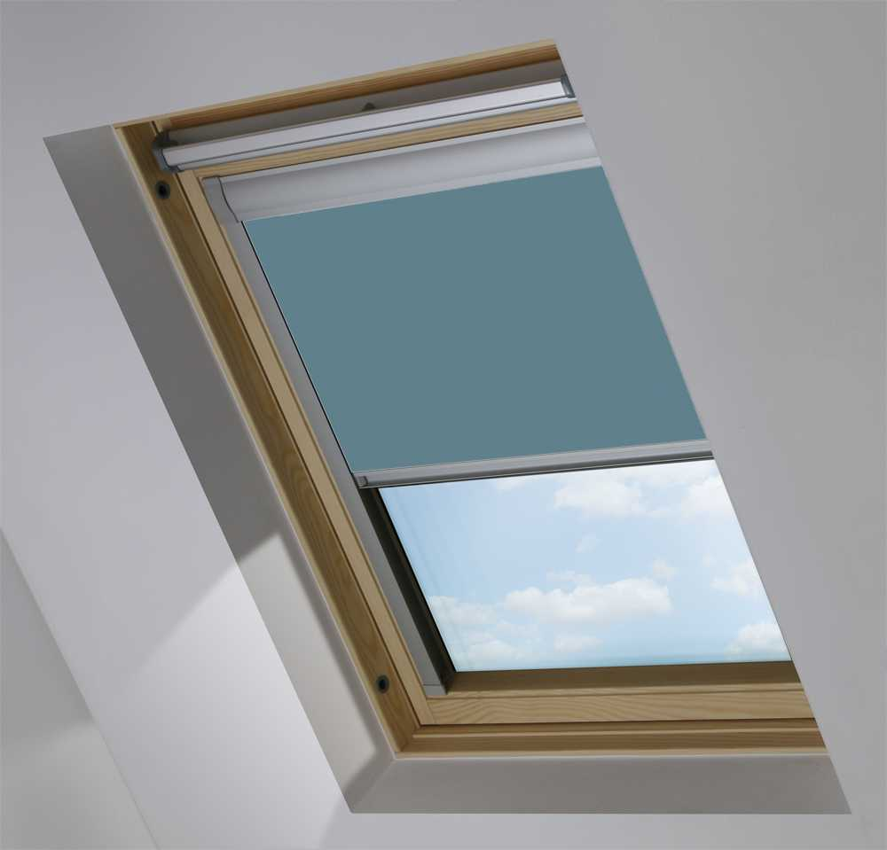 Made-To-Measure Premium Skylight Blind in Classic Blue Translucent