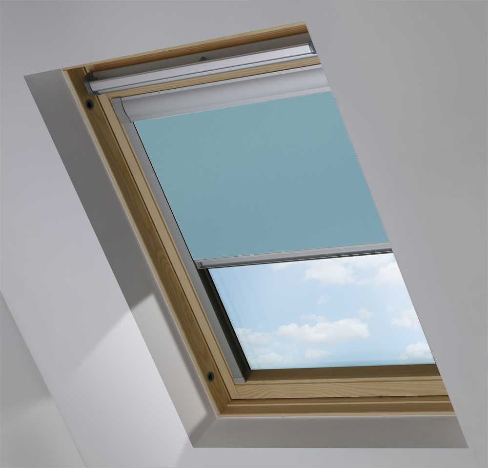 Made-To-Measure Premium Skylight Blind in Soft Sky Blackout