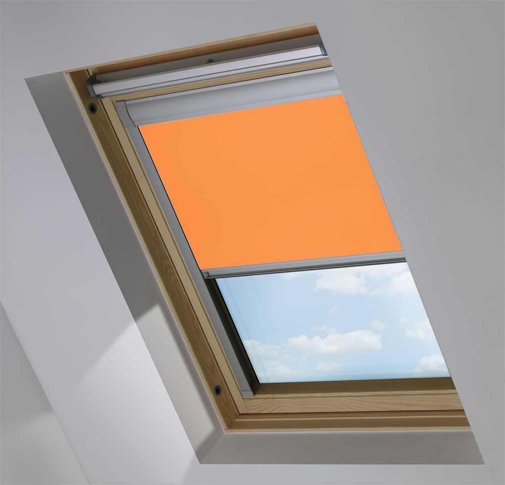 Made-To-Measure Premium Skylight Blind in Amber Sunset Blackout