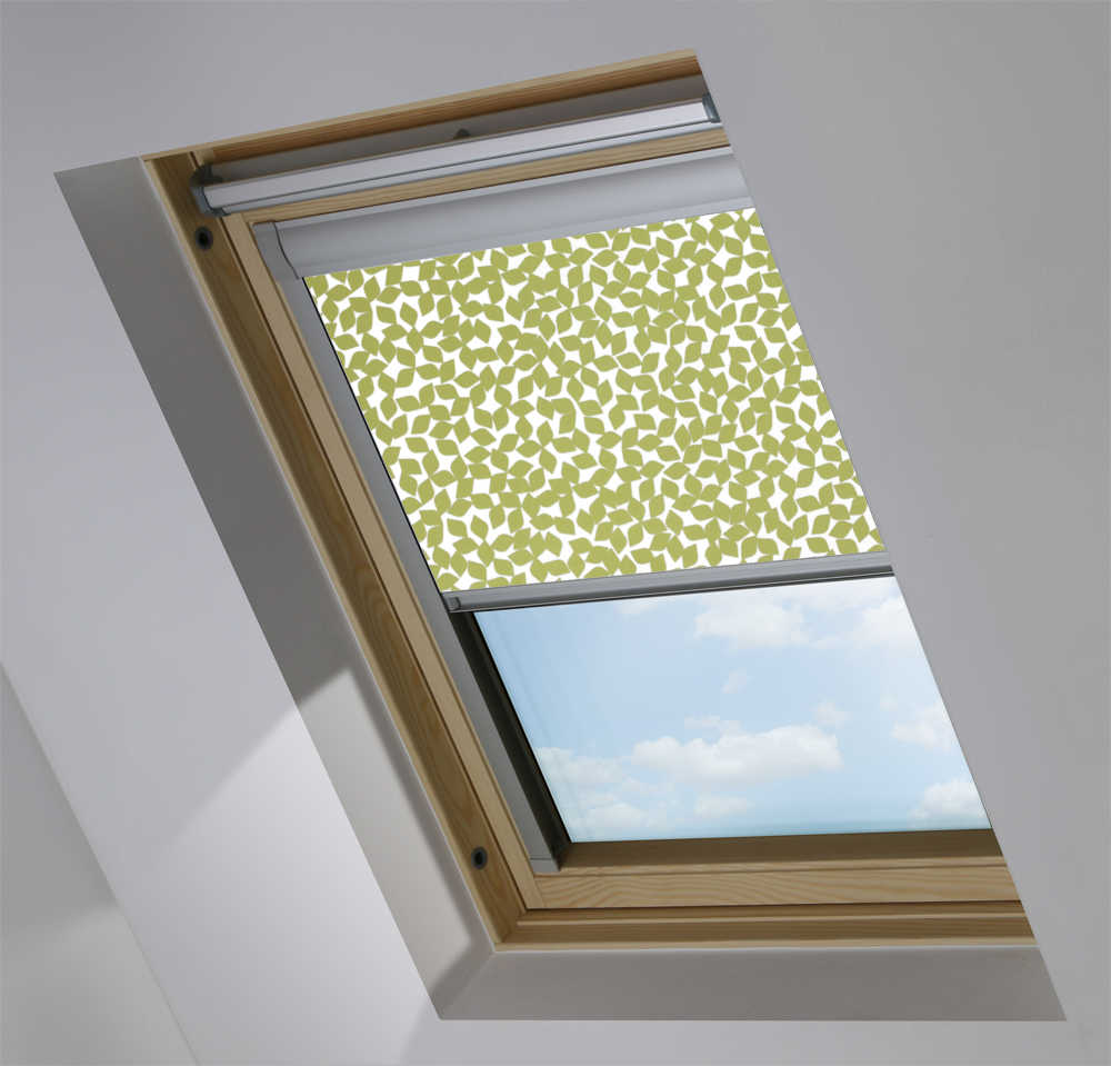 Made-To-Measure Premium Skylight Blind in Spring Leaves Translucent
