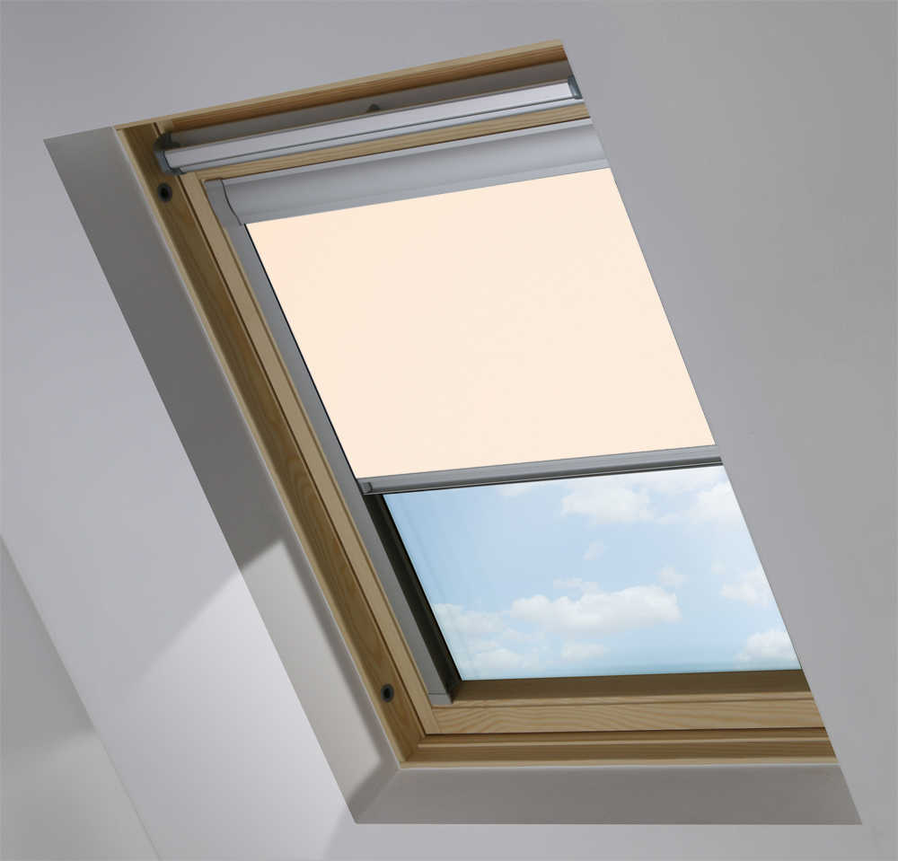 Made-To-Measure Premium Skylight Blind in Shell Translucent