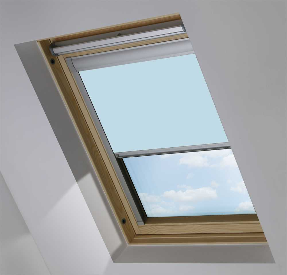 Made-To-Measure Premium Skylight Blind in Smokey Blue Translucent