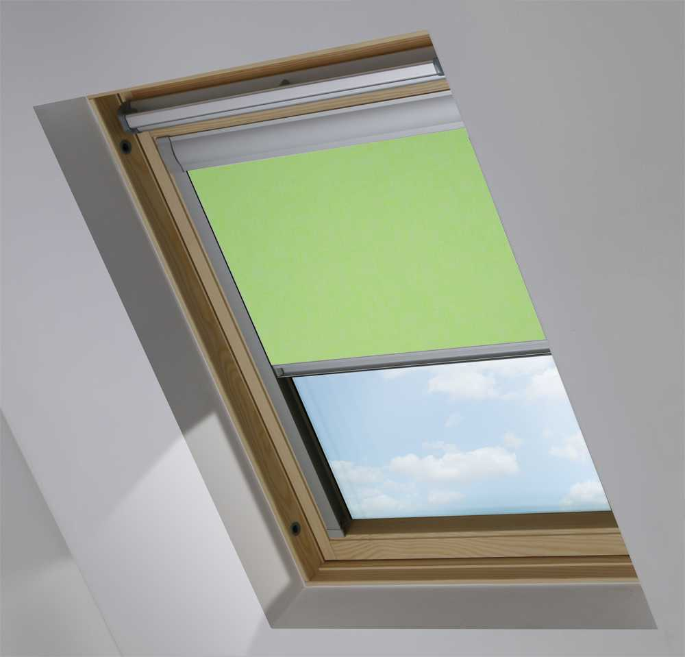 Made-To-Measure Premium Skylight Blind in Spectrum Apples & Pears Blackout