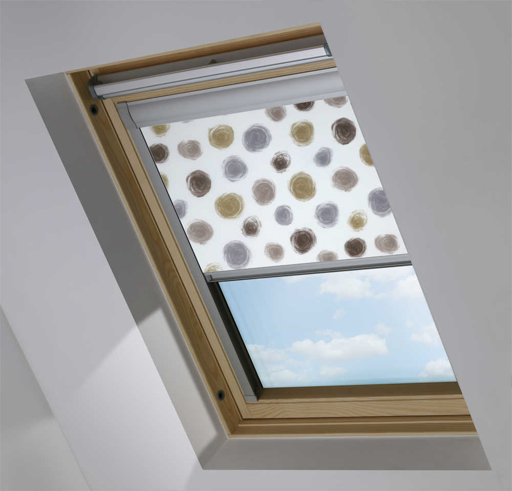 Made to Measure Skylight Plus Blind  in Twirl Clay Translucent