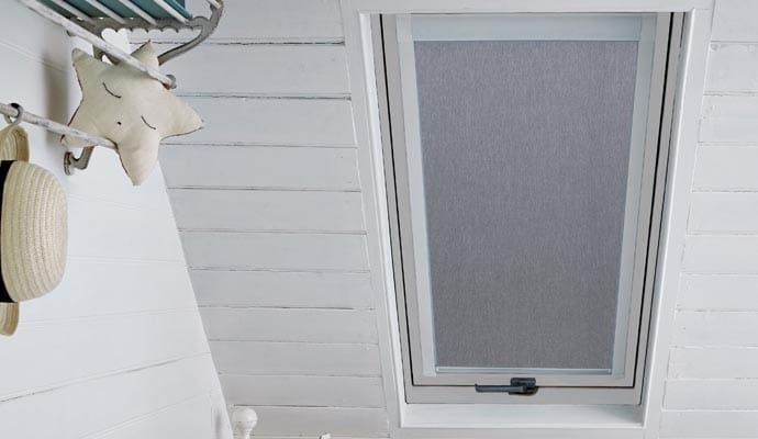 Skylight Blind suitable for Luctis